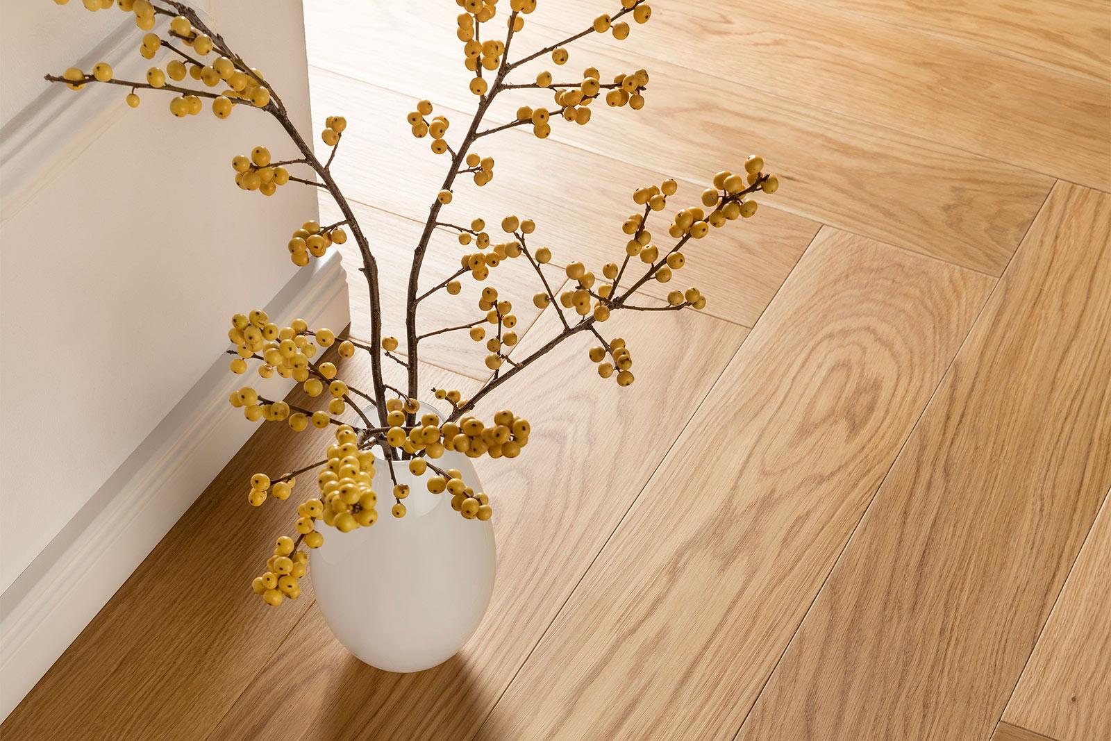 Oak Adagio Herringbone 2 vase