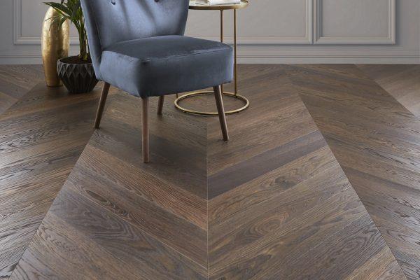 900307 Savoy Oak Set
