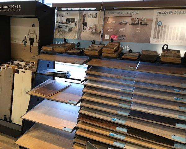 quickstep laminate flooring shop display