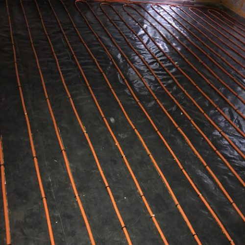 Floor heating pipe for a water based heating system