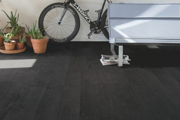laminate flooring black